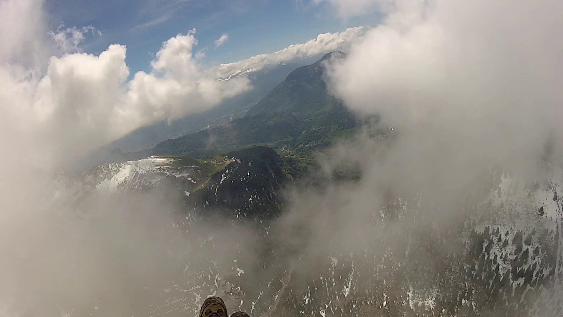image traversée de nuage