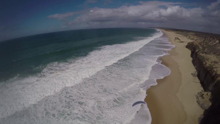 image vue aerienne ocean Praia de Meco Portugal